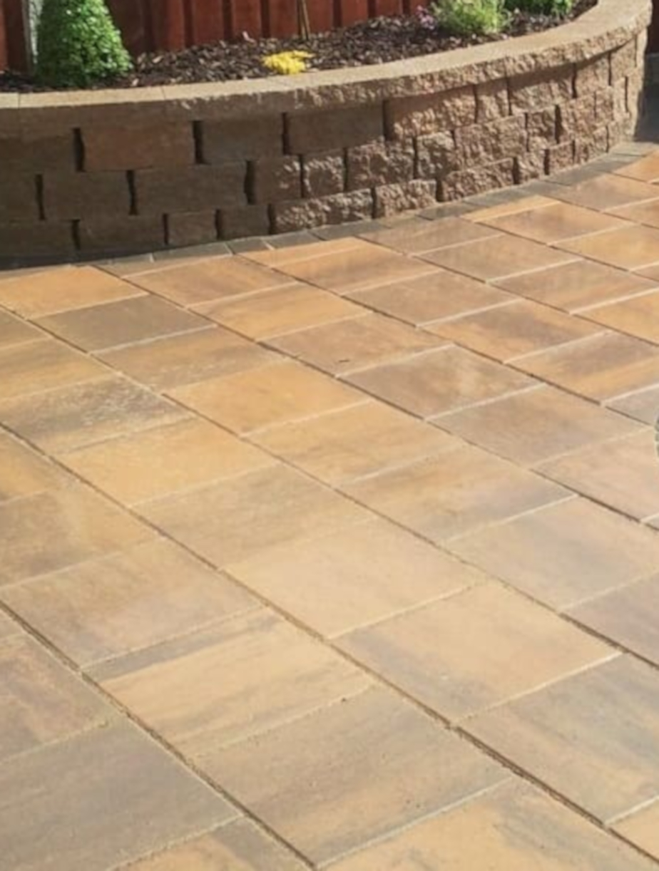 Classic_Rustic_paving_Flags