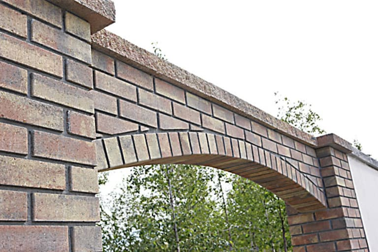Cooley Brick Arch Wall