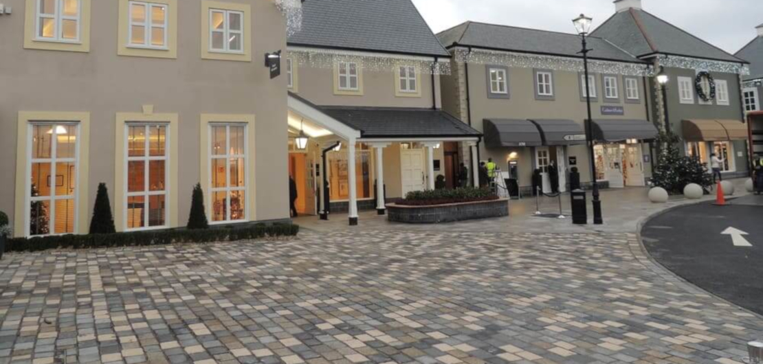 Street_Scape-and_Paving_Kildare_Village